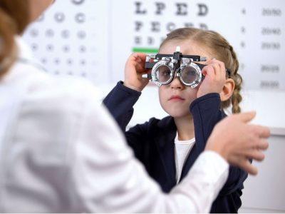 Epidemia krótkowzroczności wśród dzieci – problem widoczny gołym okiem