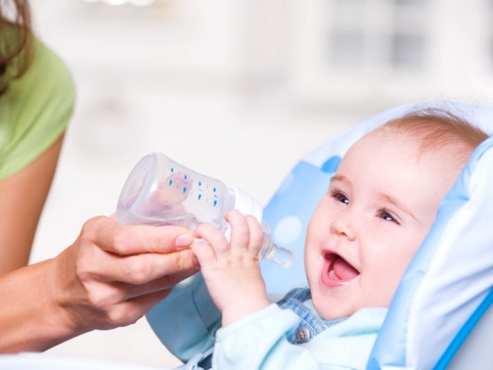 Co każdy rodzic powinien wiedzieć o nawodnieniu noworodka i niemowlaka?